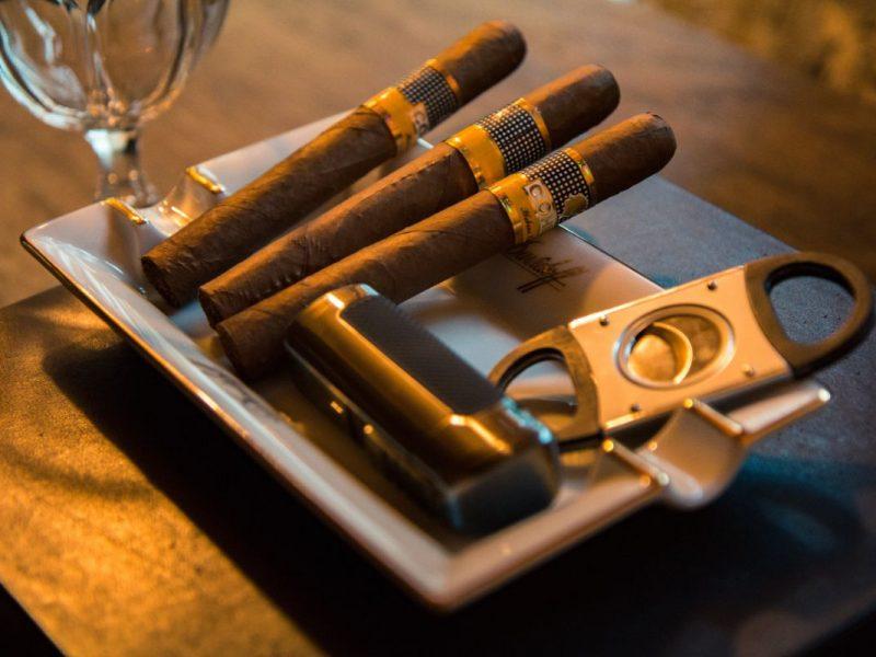 Ako na správne zapálenie cigary
